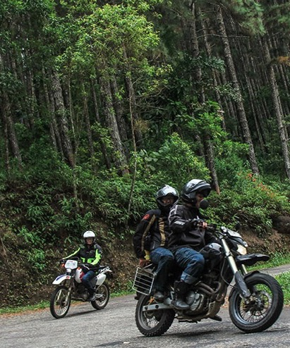 forest bike climbing