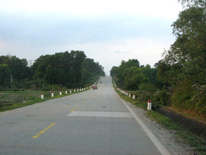 Ho Chi Minh Highway in Huong Khe