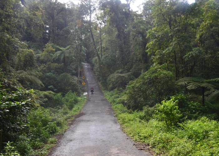 slant road