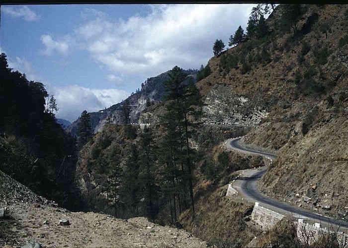 roads in bhutan
