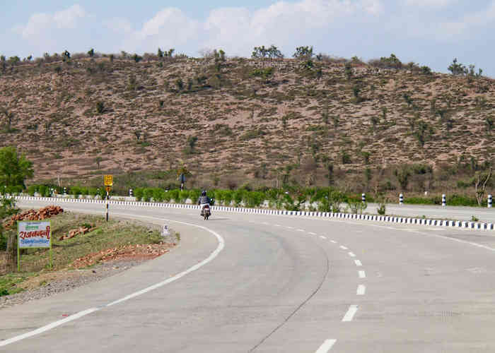 India roads network NH 27 highway Rajasthan 2015