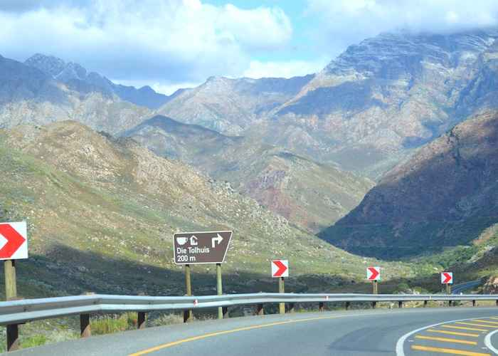 Michells Pass R46 between Wolseley Ceres